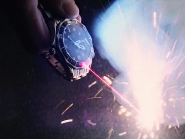File:Laser watch, active (GoldenEye, 1995) 1.png