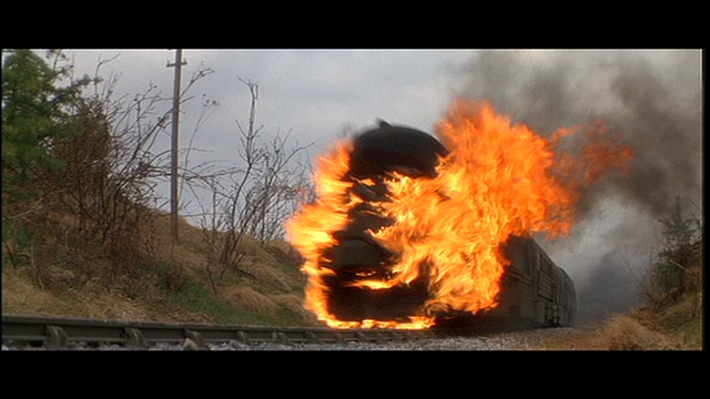 File:GoldenEye-Soviet missile train-flames.png