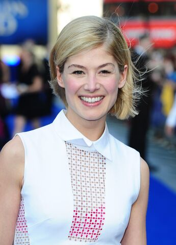 File:Rosamund Pike.jpg