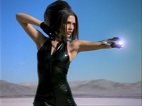 File:Victoria Beckham definitely looks like a bond girl in this outfit.jpg
