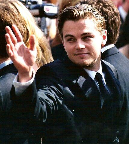 File:Leonardo-DiCaprio-4.jpg