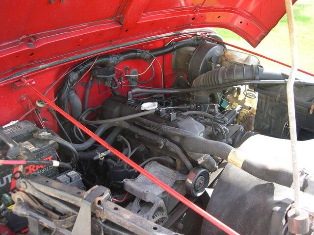 File:1992 Jeep YJ AMC I4 engine.JPG