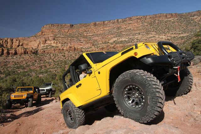 File:08-easter-jeep-safari.jpg