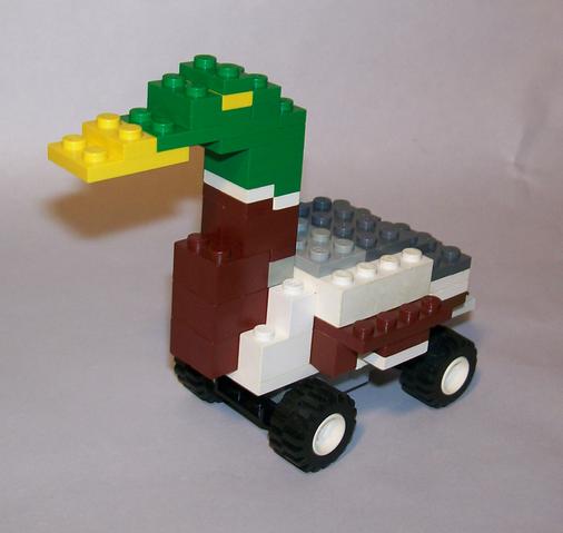 File:LegoDuckroll.png