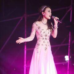 Huizhou;<br />Dress by <b>Unknown</b>