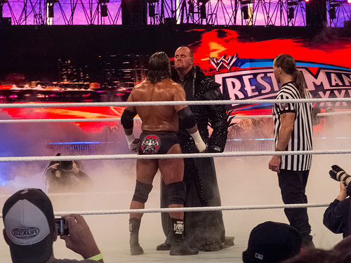 File:WWE Wrestlemania 28 - Undertaker vs HHH.jpg
