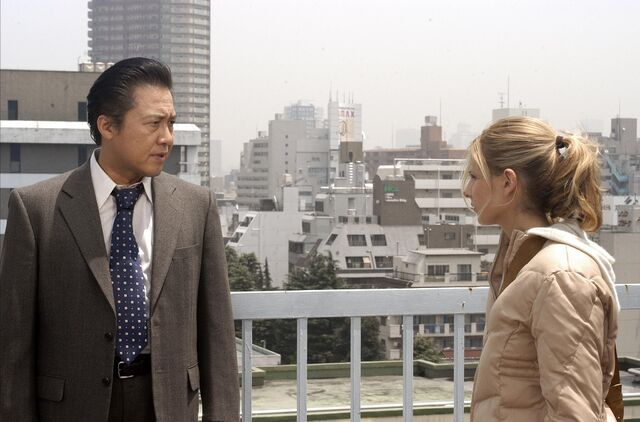 File:Still-of-sarah-michelle-gellar-and-ryo-ishibashi-in-the-grudge-(2004)-large-picture.jpg