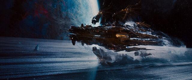 File:Jupiter-ascending-image-ships-2.jpg