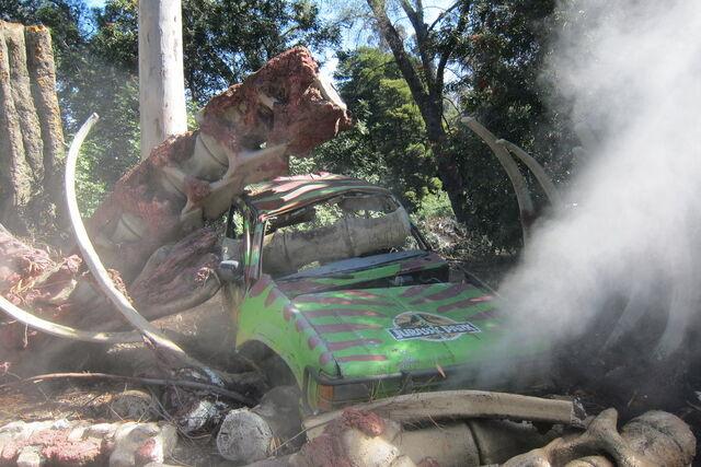 File:La universal studios jurassic park car by elodiejones-d4wo9hu.jpg