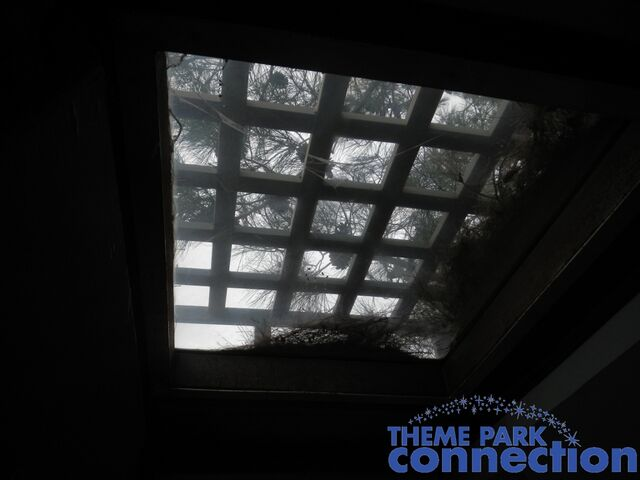 File:RV skylight.jpg