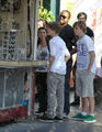 Justin Bieber shopping with Pattie on Mother's Day
