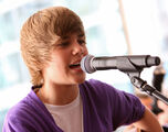Justin Bieber performing at the 2009 Nintendo World Store