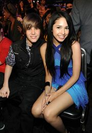 Justin Bieber and Jasmine V at Kids' Choice Awards 2010
