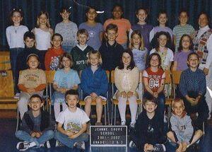 Jeanne Sauvé Catholic School 2001 - 2002