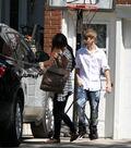 Selena Gomez leaves Justin Bieber's grandparents' house 5