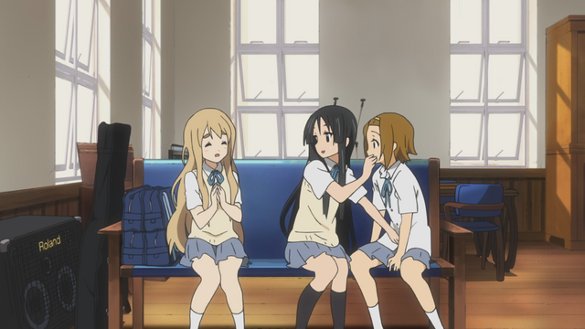 File:Mio trying to get Ritsu quiet.png