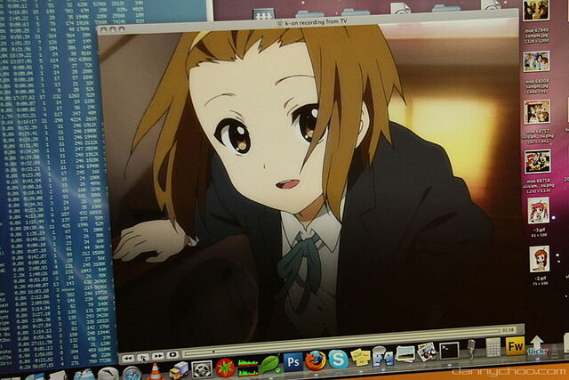 File:Ritsu on screen.jpg