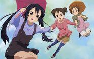 Azusa, Jun and Ui flying
