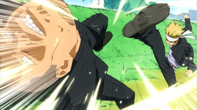 File:Gouki kicks a thug.jpg