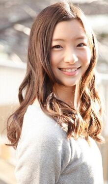 Hitomi Yoshizawa  Wikipedia