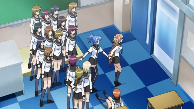 File:Kaede dragging Natsuru out of the room from her admiring classmates.jpg