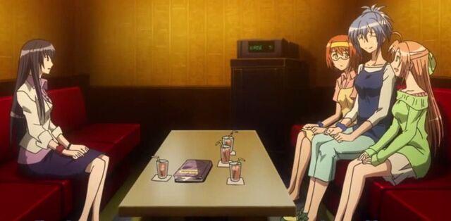File:Shizuku, Natsuru, Akane, and Kaede hanging out in a karaoke bar.jpg