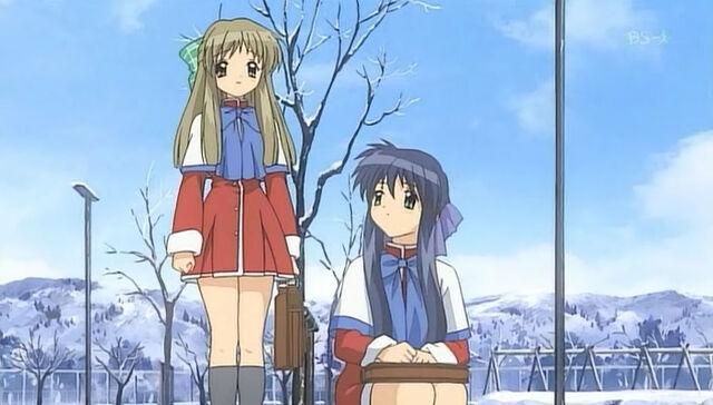 File:Mai with Sayuri.jpg