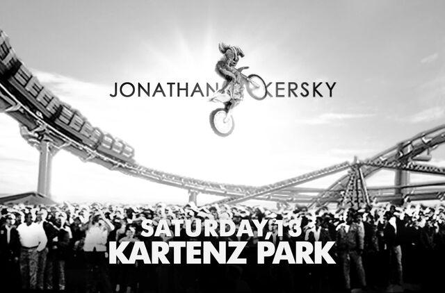 File:Jonathan Kersky Joke Live Kartenz Park.jpg