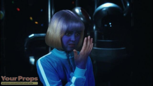 File:Charlie-and-the-Chocolate-Factory-Violet-Beauregarde-Costume-Card-2.jpg