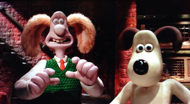 File:Wallace And Gromit meet hutch.jpg