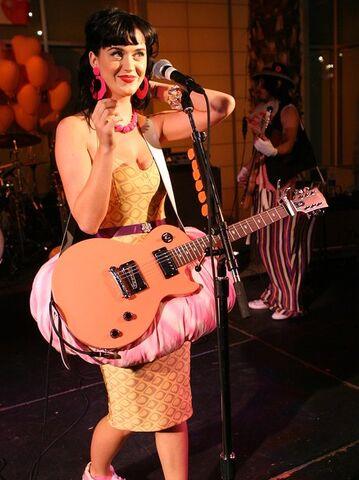 File:Katy Perry 2008.jpg