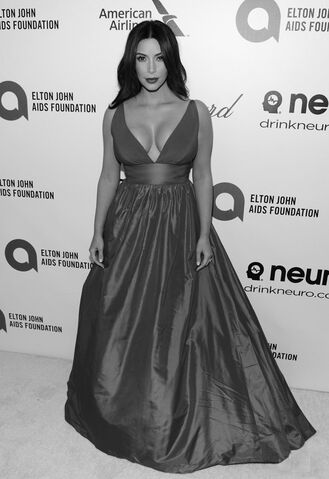File:Kim-Kardashians-Elton-John-AIDS-Foundation-Academy-Award-Party-Celia-Kritharioti-Red-Gown.jpg