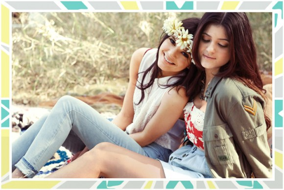 File:Kendall-and-Kylie-Collection-For-Pac-Sun-580x388.jpg