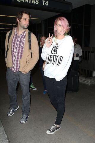 File:Kesha march 6 2014 2.jpg