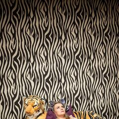 Jolanta leży w sypialni.