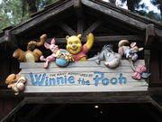 Disneyland-WinniePooh-sign