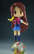 Honoka fig