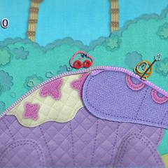 Kirby con forma de auto junto a un Pica Waddle Dee.