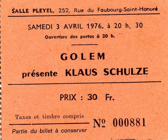 File:1976-04-03 Salle Pleyel, Paris, France.jpg