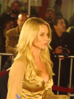 Nicollette Sheridan at the Beowulf premiere