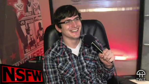 File:Robert on NSFW Show 5.PNG