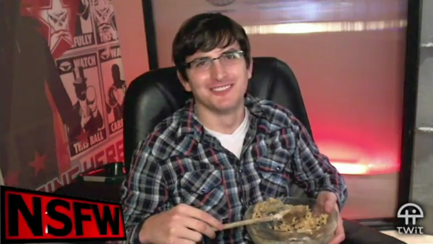 File:Robert on NSFW Show- cookie dough 2.PNG