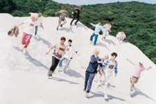 SEVENTEEN Boys Be group photo cropped