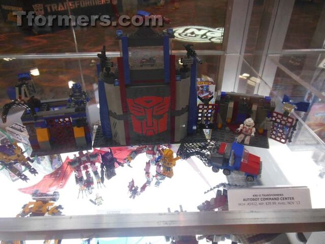 File:Transformers-sdcc-2013-preview-night (271) scaled 800.jpg