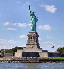 220px-Liberty-statue-from-front2 crop