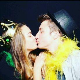 Paris Berelc and Jake Short kiss