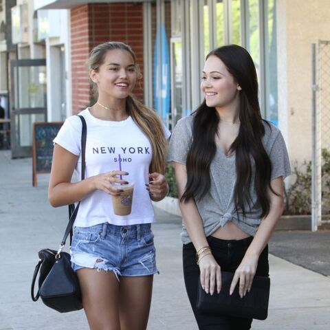 File:Kelli-berglund-and-paris-berelc-out-shopping-in-los-angeles-09-03-2015 14.jpg