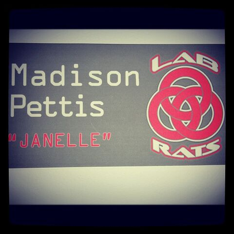 File:Madison-pettis-lab-rats-1.jpg