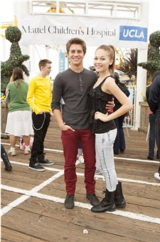 File:Mattel-party-on-the-pier-billy-unger-kelli-berglund-oct-2012-1.jpg