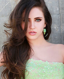 Ryan-Newman-Sherri-Hill-11084-prom-2014-2